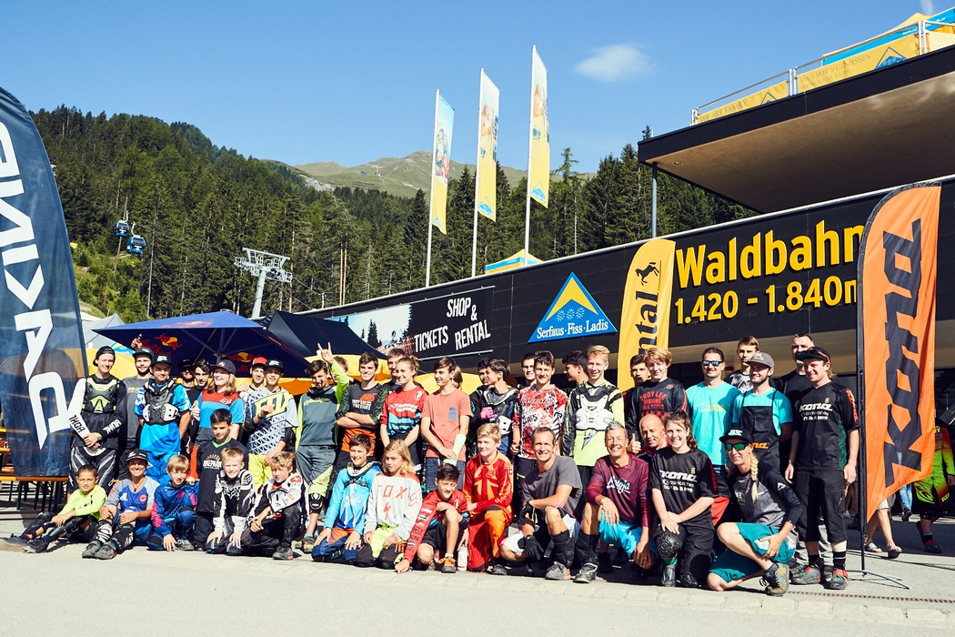 Serfaus-Fiss-Ladis full throttle: Leah Maunsell and the Rookies