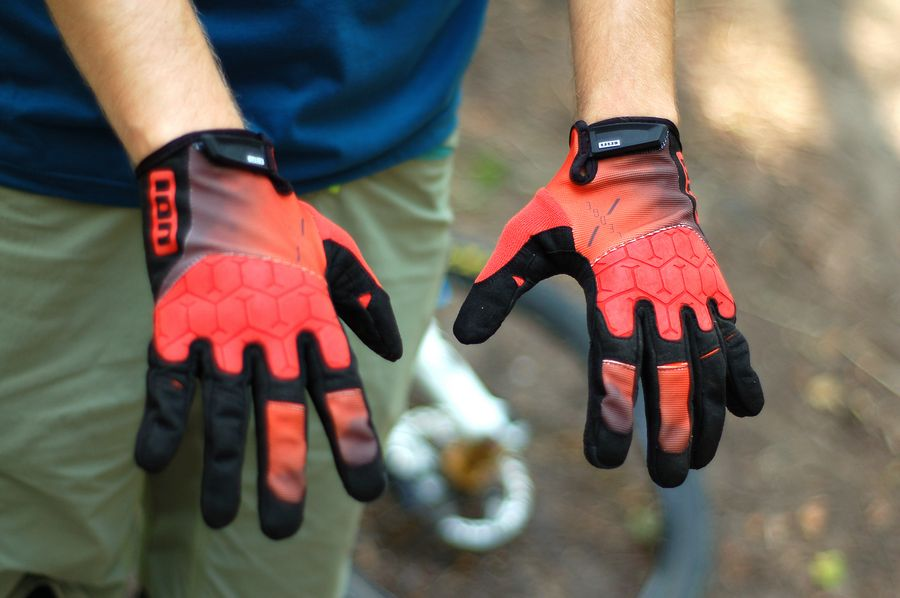 Przestestowane: rękawiczki ION Ledge