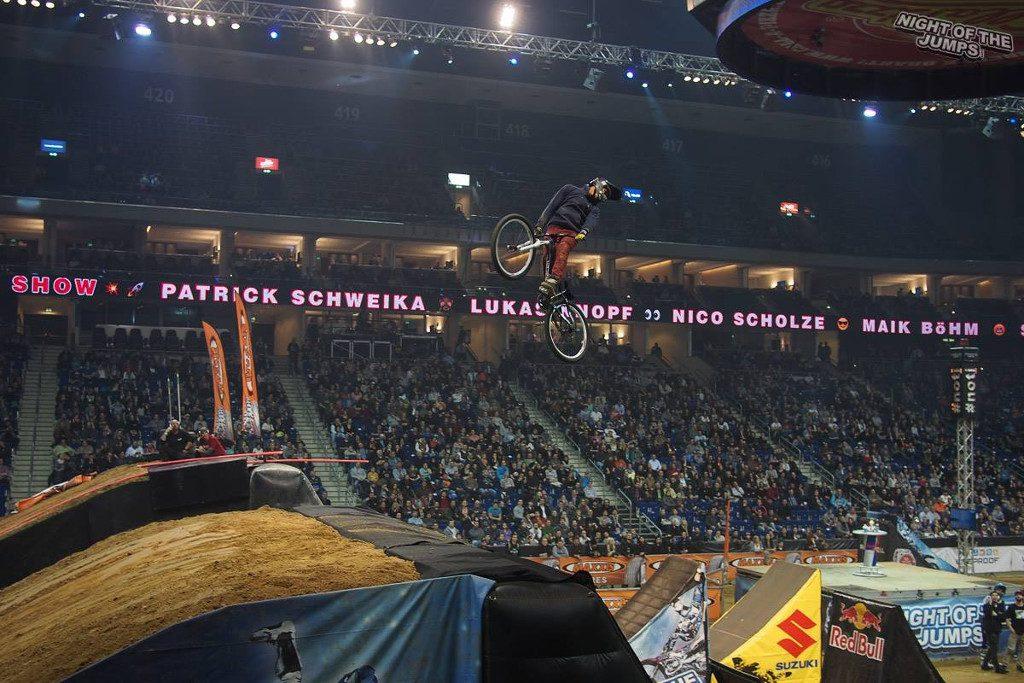 Zawody FMB TOUR po raz pierwszy w Polsce w krytej arenie: zawodnicy z 11 krajów powalczą w zawodach Pucharu Świata