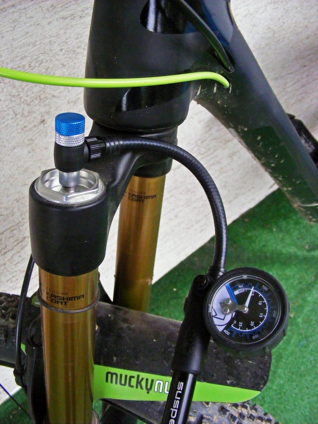 Pompka do amortyzatorów PRO Performance Suspension