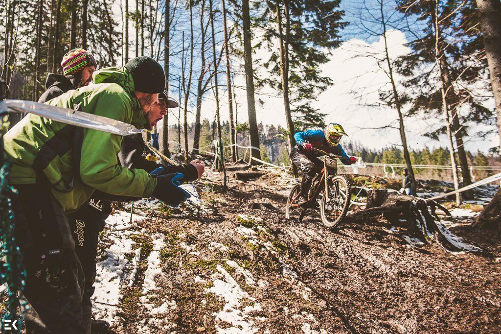 Diverse Downhill Contest: oficjalna relacja video z pierwszej rundy Pucharu Polski