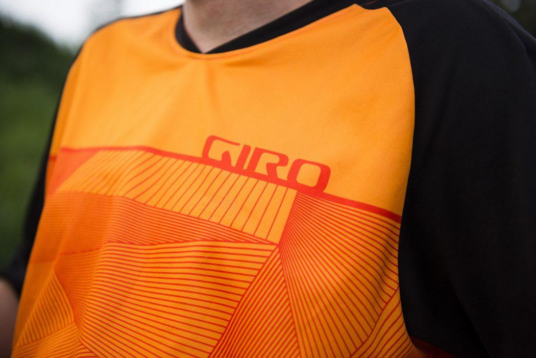 W co się ubrać? Zestaw od Giro: koszulka Roust oraz spodenki Havoc